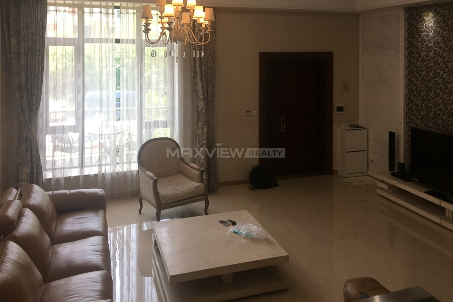 Royal Lakefront 4bedroom 300sqm ¥25,000 PRS0026